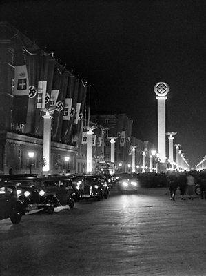 Berlin 1937 Unter den Linden (Staatsbesuch Benito Mussolinis)