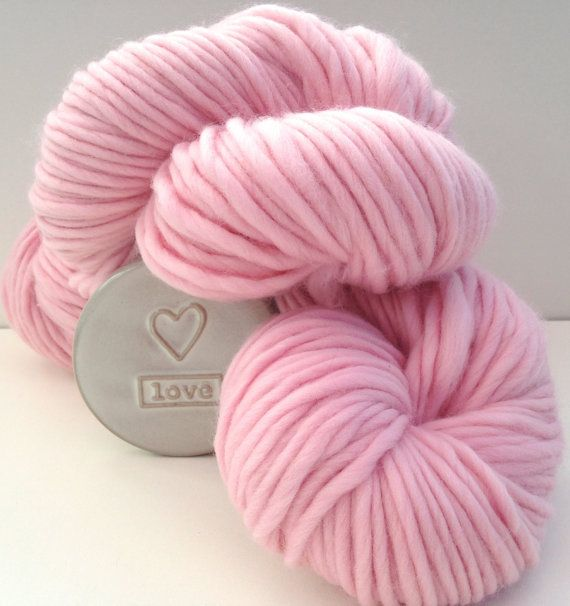 Super chunky wool. Baby Pink Super bulky by WoolCoutureCompany