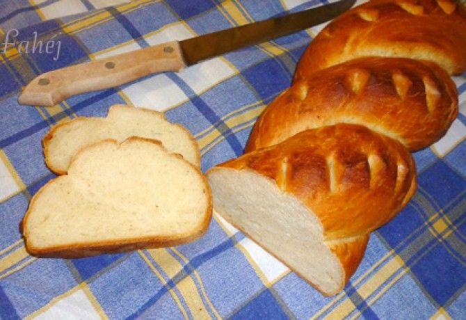 Fokhagymás-kefíres kenyér