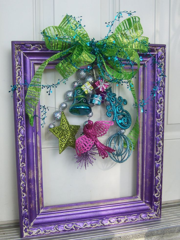 """Christmas """"Wreath"""" Picture Frame. This one is MINE. under $10!"""