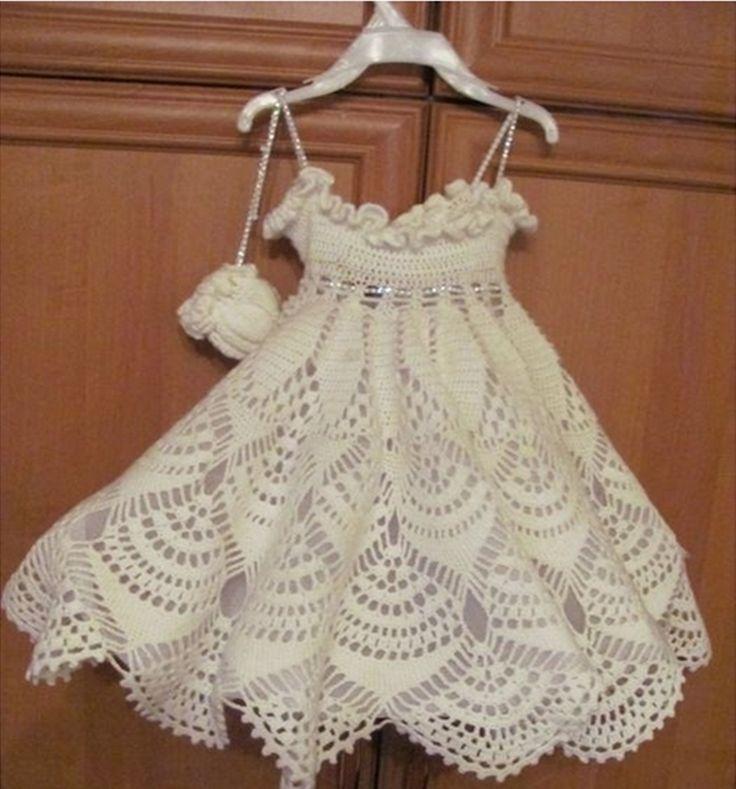 13 besten baby dress Bilder auf Pinterest | Gehäkelte babykleider ...