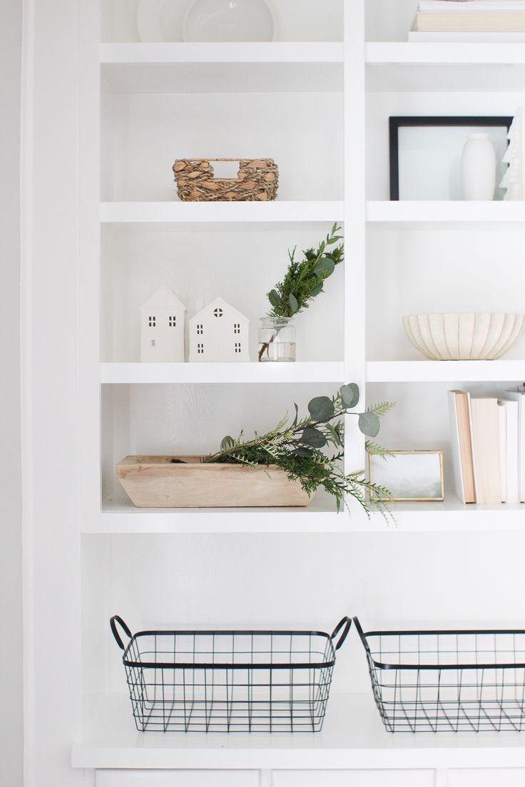 25 beste idee n over woonkamer makeovers op pinterest openhaard ingebouwde kasten - Deco entreehal ...