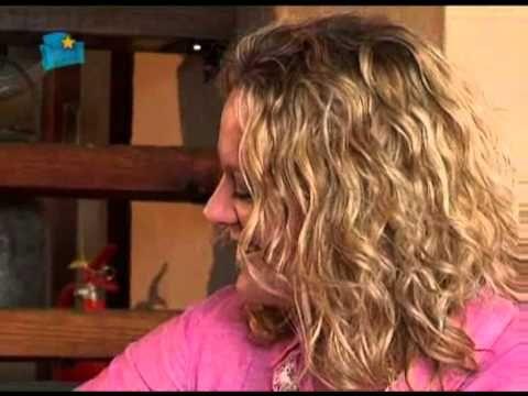 """Lize Beekman ~ Kwela 2013 ~ Nuwe Album ~ """" Ek het jou lief"""" ~ YouTube"""