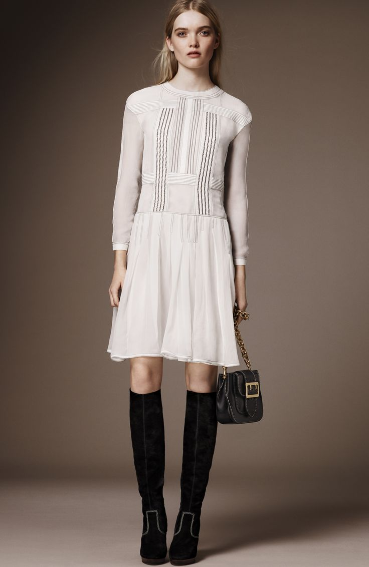2806 Best Things I Want To Wear Images On Pinterest Nice Dresses Minimal Evia Pleated Dress Navy Check L Burberry Pre Fall 2016 Fashion Show