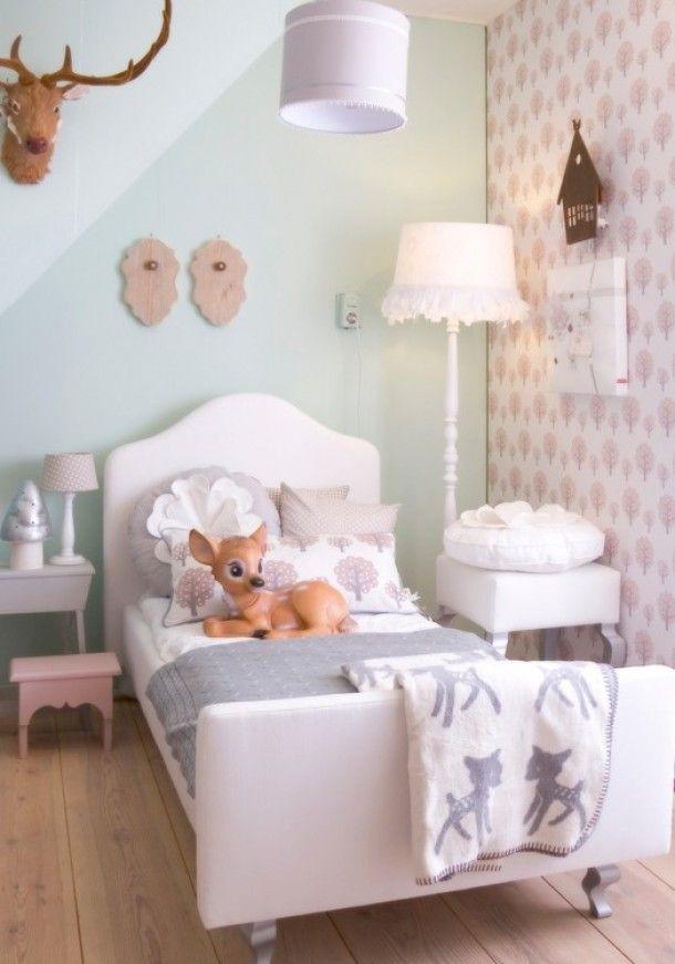 Zachte pasteltinten, blauw en grijs ook mooi voor meidenkamer! www.kleinepom.nl