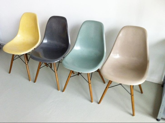 Eames DSW - nice colors!