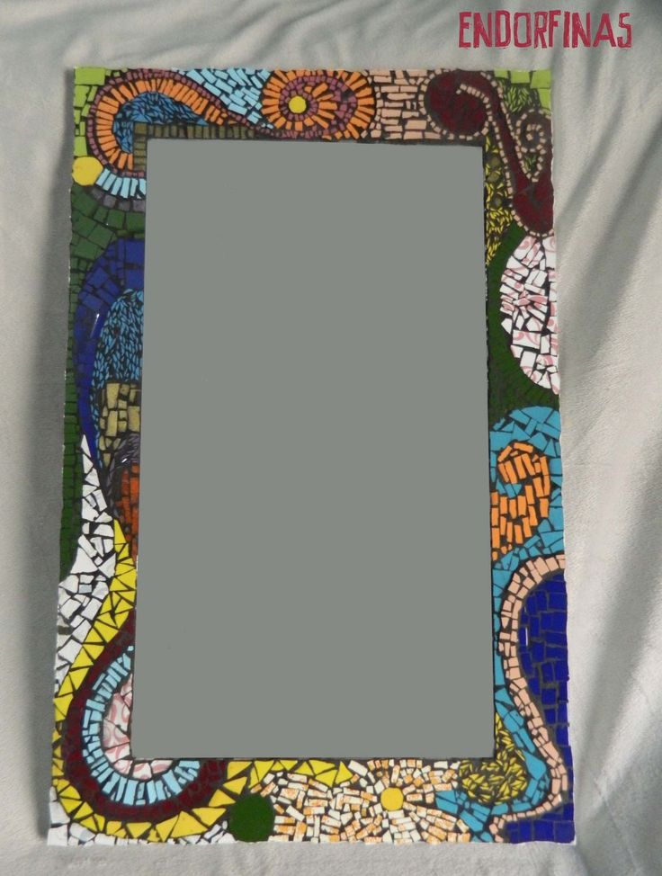 Espejo mosaico, $1000                                                                                                                                                                                 Más