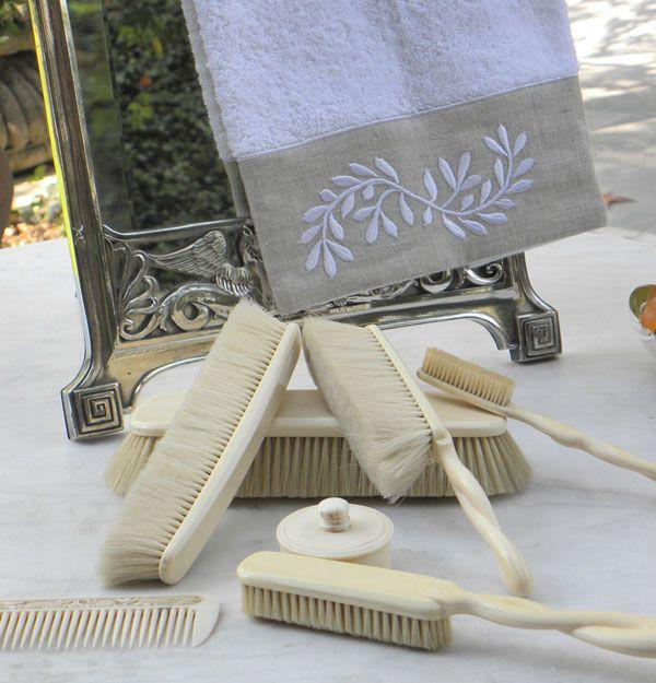 Ropa de baño - Toallas Bordadas.  http://www.cianlinens.com/ México D.F.
