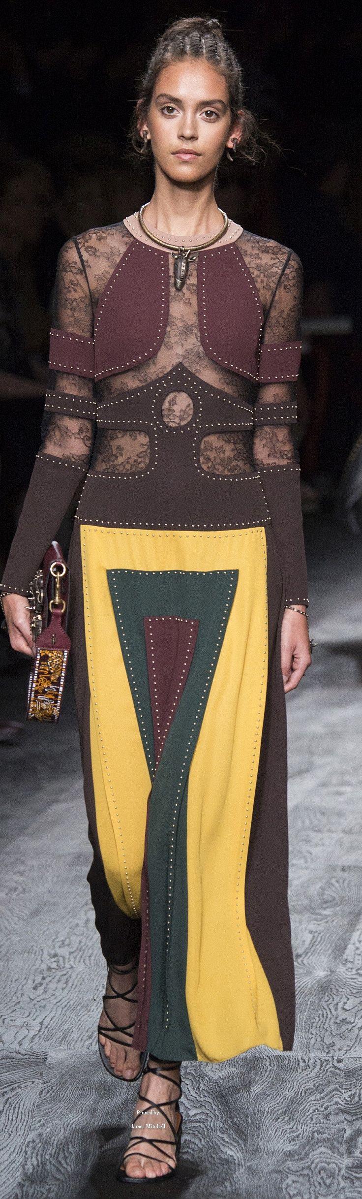 #Farbbberatung #Stilberatung #Farbenreich mit www.farben-reich.com Valentino Collection Spring 2016 Ready-to-Wear