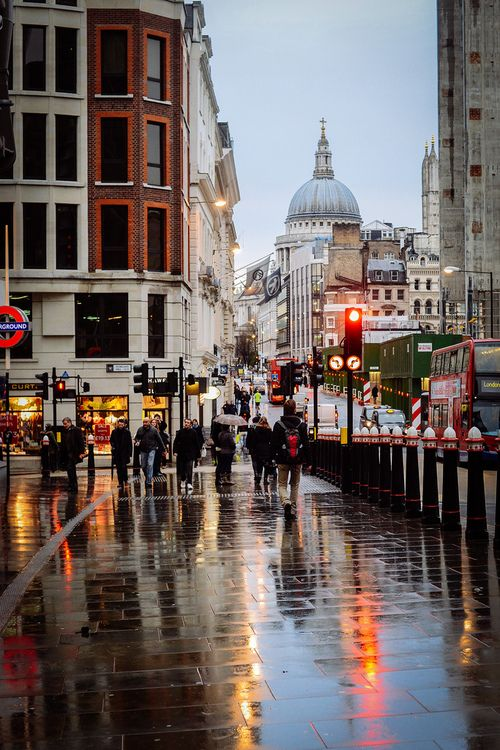 London reflections in the rain
