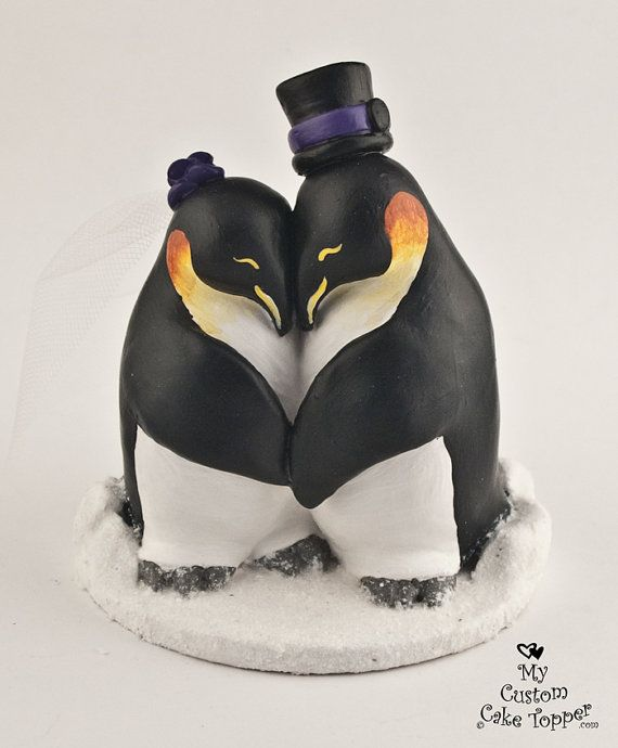 Penguins in Love Custom Wedding Cake Topper on Etsy, $108.24... I'm not engaged, but I NEED this.