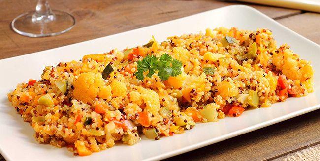 Propiedades de la quinoa, gran contenido en vitaminas y minerales y proteínas con todos los aminoácidos esenciales