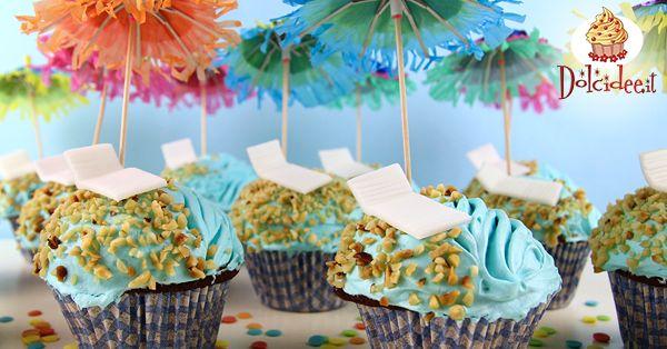 Cupcake a tema vacanze con mare e spiaggia