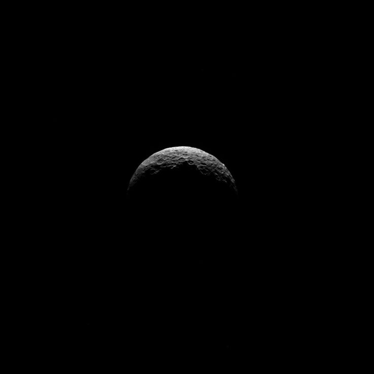 NASA Dawn Sends Amazing Picture Of Dwarf Planet Ceres - VALUEWALK #NASA, #Ceres, #Planet, #Science