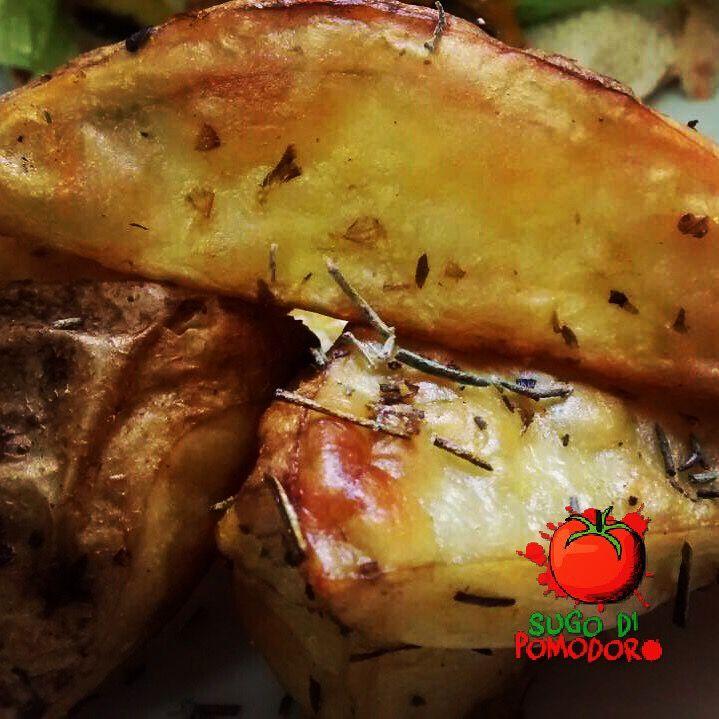 ¿Quieres sorprender? Nada mejor que con unas papa al horno con especias... #SugoDiPomodoro #Cocina #Nutrición #Recetas #FoodPorn #Gastronomía #ClasesDeCocina #Tasty #CocinaParaPerezosos #QueHacerEnMedellin