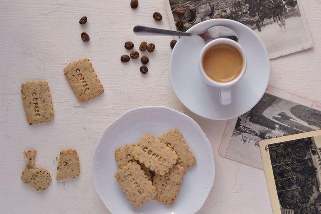 Dívány - Alapkonyha - Koffeinfüggők figyelem: kávéadag omlós kekszben