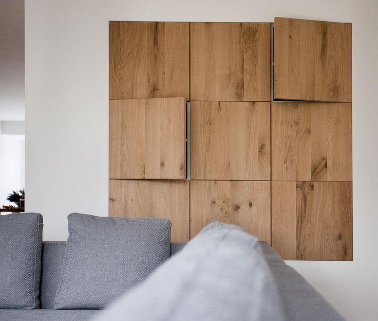 ontwerp eiken houten kastenwand geplaatst in een mooi strak afgewerkte wand de houten. Black Bedroom Furniture Sets. Home Design Ideas