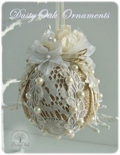 Burlap and lace  christmas tree ornament  --   hmmmm, for my taste, dump the burlap and use a nice fabric, subtle or contrasting,  underneath