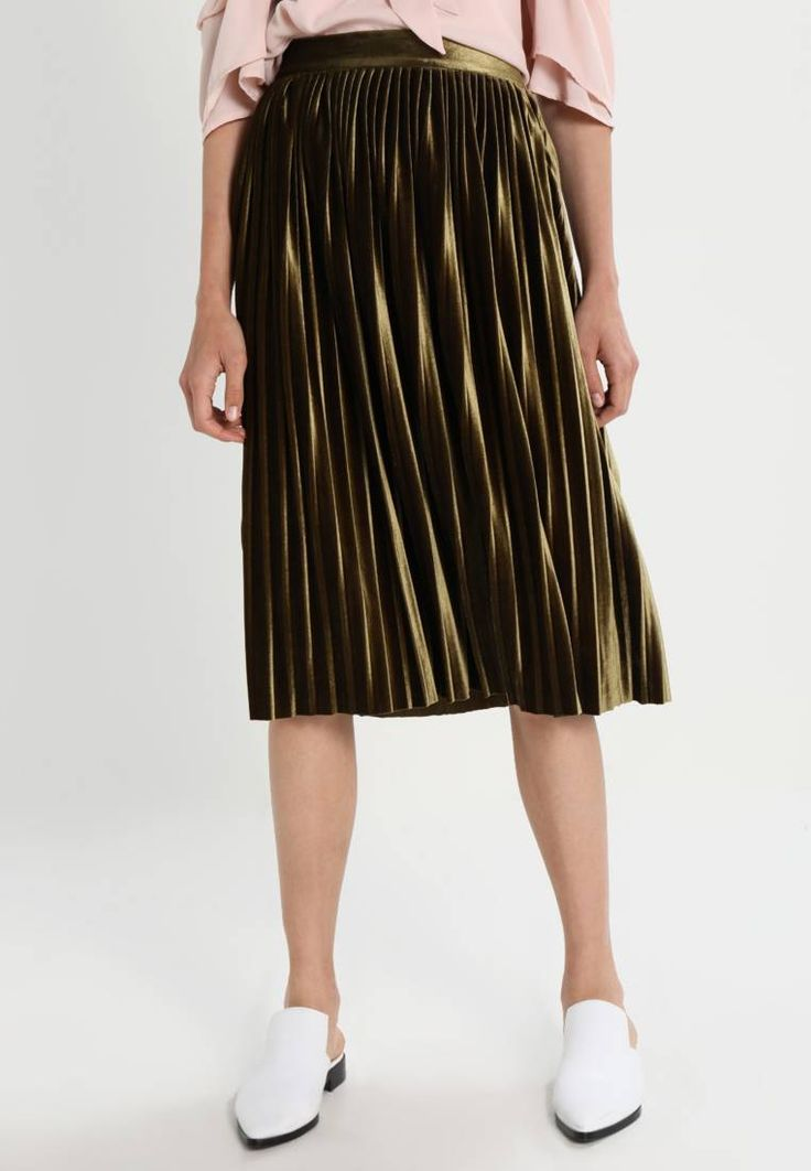 """Vero Moda. VMGIAGIA  - A-line skirt - dark olive. Our model's height:Our model is 71.5 """" tall and is wearing size 10. Fit:regular. Outer fabric material:95% polyester, 5% spandex. Pattern:plain. Care instructions:do not tumble dry,machine wash at ..."""