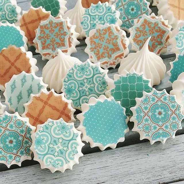 Sugar stamp sheets: bake meringues on them, and when you pull them off they have these adorable prints on the bottom!!