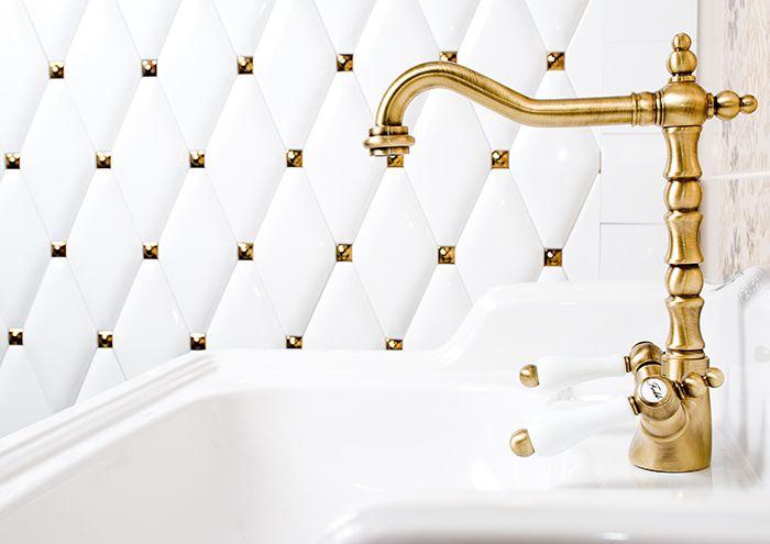 CARAT DUNIN. Inspiration bathroom. Łazienka, biała łazienka, białe płytki, płytki carat, białe caraty, eleganckie caraty, luksusowa łazienka, inspiracja łazienki