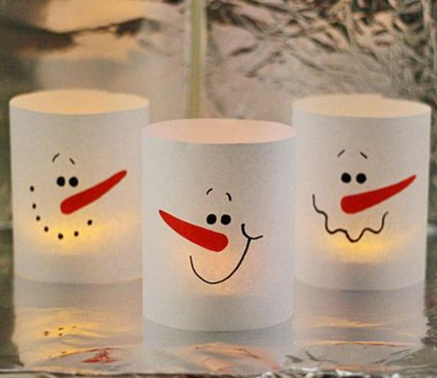 Instead of just lighting your boring old candles this holiday season, decorate your house with these adorable snowman luminaries! Easy DIY that only takes about
