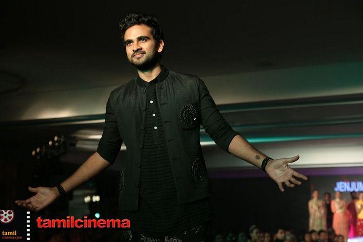 The Bridal Fashion Show  More Stills http://tamilcinema.com/the-bridal-fashion-show/  #Nadhiya #Bindhumadhavi