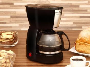 Cafeteira Elétrica Britânia CP15 Inox - Preto e Inox