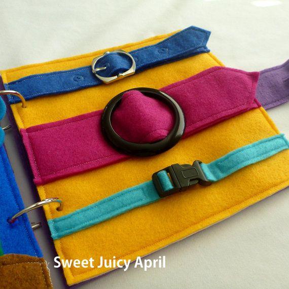 Hebilla de la página de libro tranquila por SweetJuicyApril en Etsy