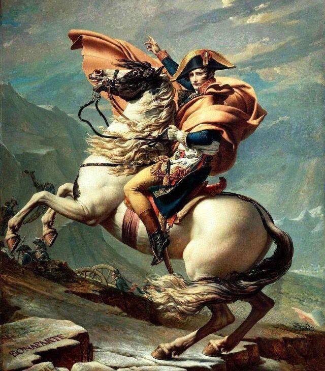Op deze foto is een man afgebeeld die klaar is voor de strijd. Het paard steigert en is hierdoor ook klaar voor de strijd. De egale kleur op de achtergrond benadrukt het paard. Hierdoor valt het paard met de man extra op. De arm van de man wijst in dezelfde richting als waarnaar het paard steigert.