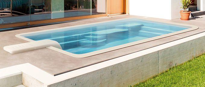 Les 25 meilleures id es de la cat gorie petite piscine for Petite piscine coque polyester
