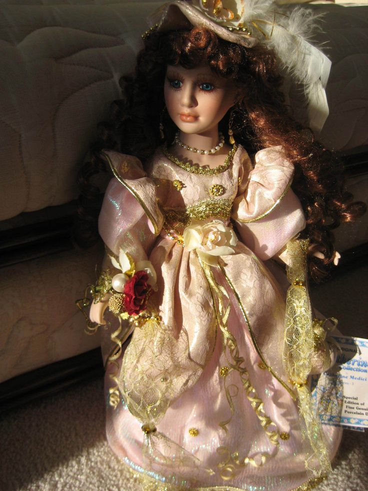 """Catherine Medici Porcelain Doll Series3 Catherine Collection 17""""Victorian NEWTAG 