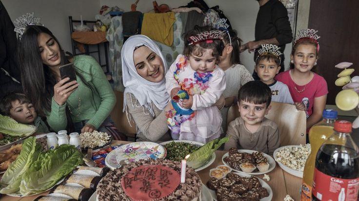 Trump's Refugee Policies Hurt Women and Children - Motto