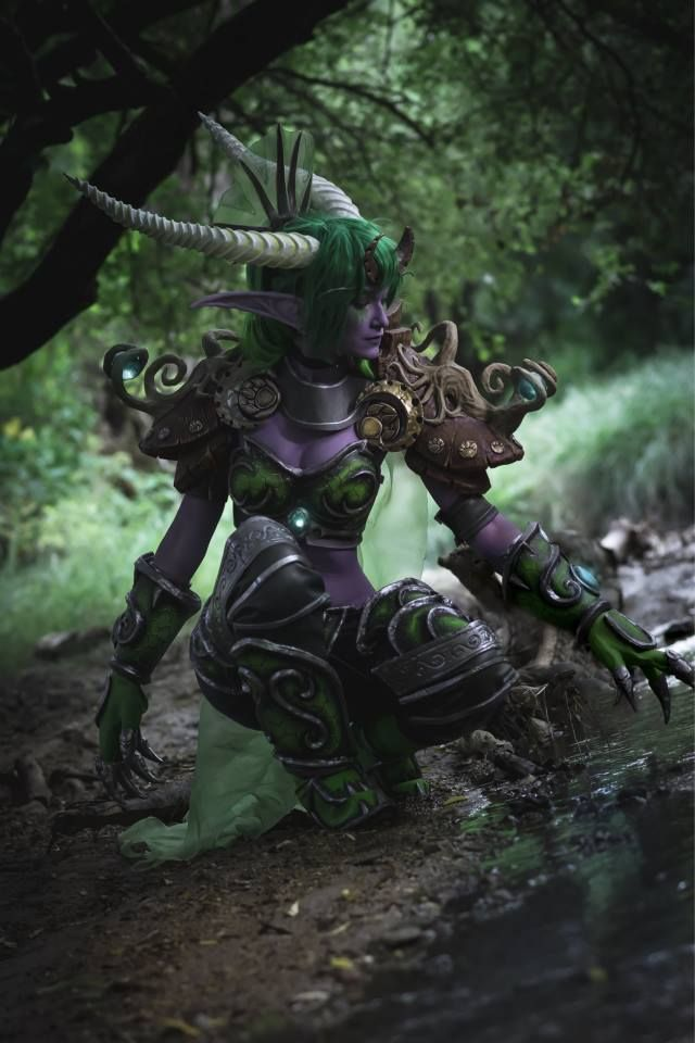 Videogame: World Of Warcraft. Character: Ysera. Cosplayer: Shayola (Hungary). Photo: Cleanpig's Hideout, 2015.