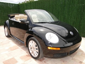 2010 Volkswagen Beetle Convertible Only In Black Cars