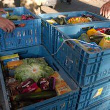 Goed en ook een beetje gek - 24 uur workout voor Voedselbank Rotterdam  Op 27 december aanstaande vindt landelijk de '24 amrap' plaats. Dit houdt in dat een groepje van vier mannen en twee vrouwen, gedurende 24 uur, 24 WOD's gaat uitvoeren AMRAP-stijl. Dus 'as many round as possible'.  https://justgiving.nl/nl/pages/9975-goed-en-ook-een-beetje-gek-24-uur-workout-voor-voedselbank-rotterdam