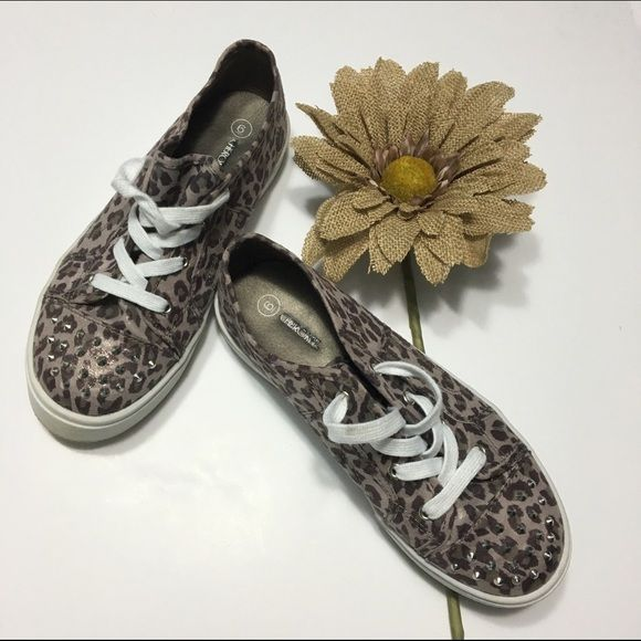Cherokee leopard / cheetah platform tennis shoes Cherokee studded leopard / cheetah platform tennis shoes. Girls size 6. WILL FIT WOMEN'S SIZE 8 - 8.5. EUC - barely worn, slight shimmer - please see photos!!   Bundle discounts available! Sorry no trades 😊 Like what you see? Please check out all my listings and follow me! Instagram: dejavuapparel Pinterest: dejavuapparel  Twitter: _dejavuapparel PLCL Cherokee Shoes Sneakers