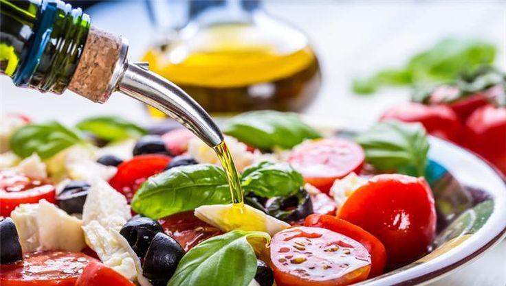 A demencia egyre inkább népbetegséggé válik. Éppen ezért reménykeltő a hír: a friss kutatások szerint a mediterrán diéta megelőzheti a bajt.
