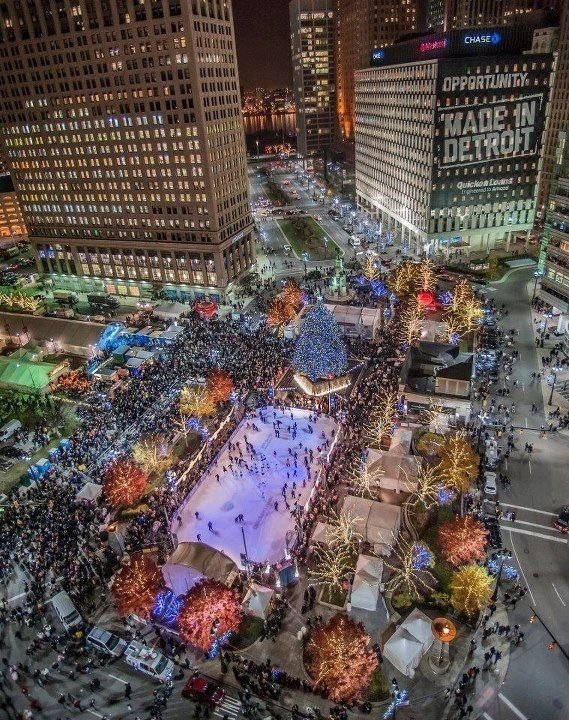 Detroit at Campus Martius  Definitely want to skate here this winter
