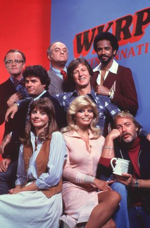 """WKRP In Cincinnati"" Bottom Row,Jan Smithers,Loni Anderson,Howard Hesseman, Second Row,Frank Bonner,Gary Sandy,Tim Reid, Top Row,Richard Sanders,Gordon Jump Gary Sandy,"