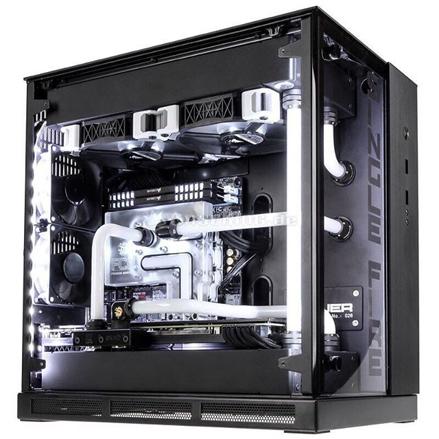 CaseKing's Special Edition King Mod PC-Q37 really demonstrates the full potential of the PC-Q37. This is pretty much an ideal mini-ITX system...