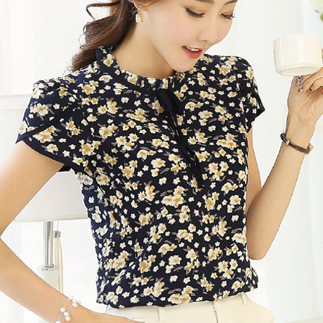 Price-7$   2017 Summer Floral Print Chiffon Blouse Ruffled Collar Bow Neck Shirt Petal Short Sleeve Chiffon Tops Plus Size Blusas Femininas