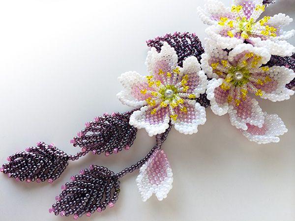 ピンクの桜のビーズネックレス/SOLD OUT