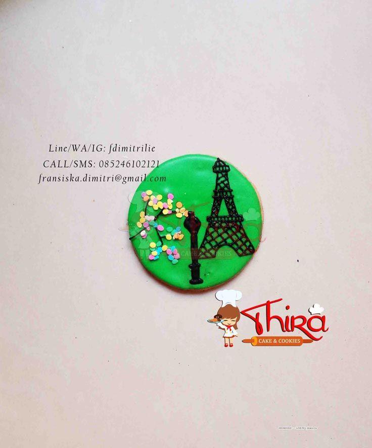 Paris Eiffel Themed Cookies