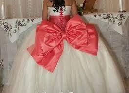 Resultado de imagen para vestidos ampones de 15 años