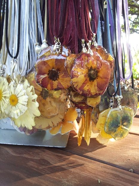 Botanical jewellery - beautiful necklaces made from dry flowers sealed in resin.