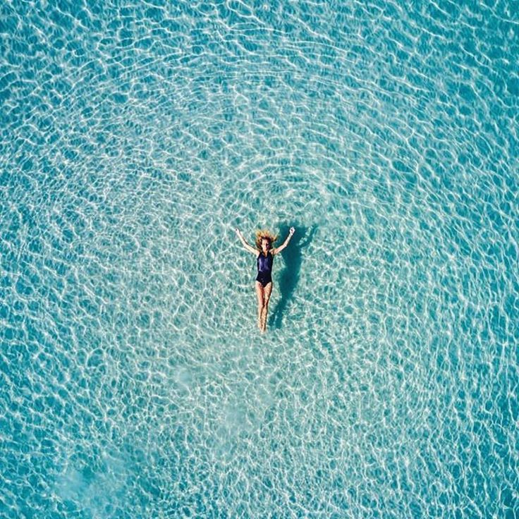 Helloooooo 📷 @safromabove @from.miles.away #floating #swim #water #sea #lifeisabeach