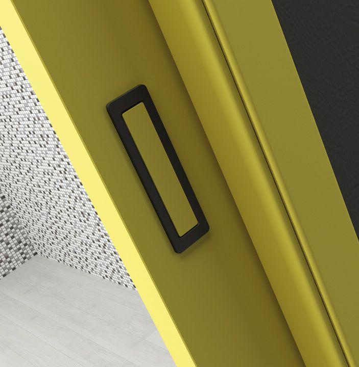 Mušle na těchto posuvných dveřích Millenium dokonale souzní s dveřním křídlem a to díky stejné barvě výplně.