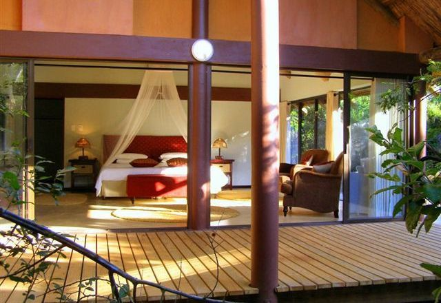 The Leopard Walk Lodge - A private and serene lodge   http://www.south-african-lodges.com/lodges/leopard-walk-lodge/