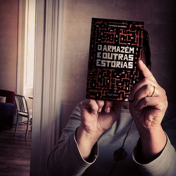♥ Loving the pictures that readers of O Armazém e Outras Estórias/The Warehouse and Other Stories are sending of their reading experiences. This time the book went to Manama, Bahrein. Thank you, João & Mena! #oarmazemeoutrasestorias